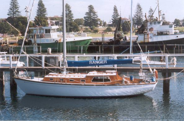 Wooden Sailboats For Sale >> Antique Classic Wooden Boat For Sale 01 Classic Timber Cruising